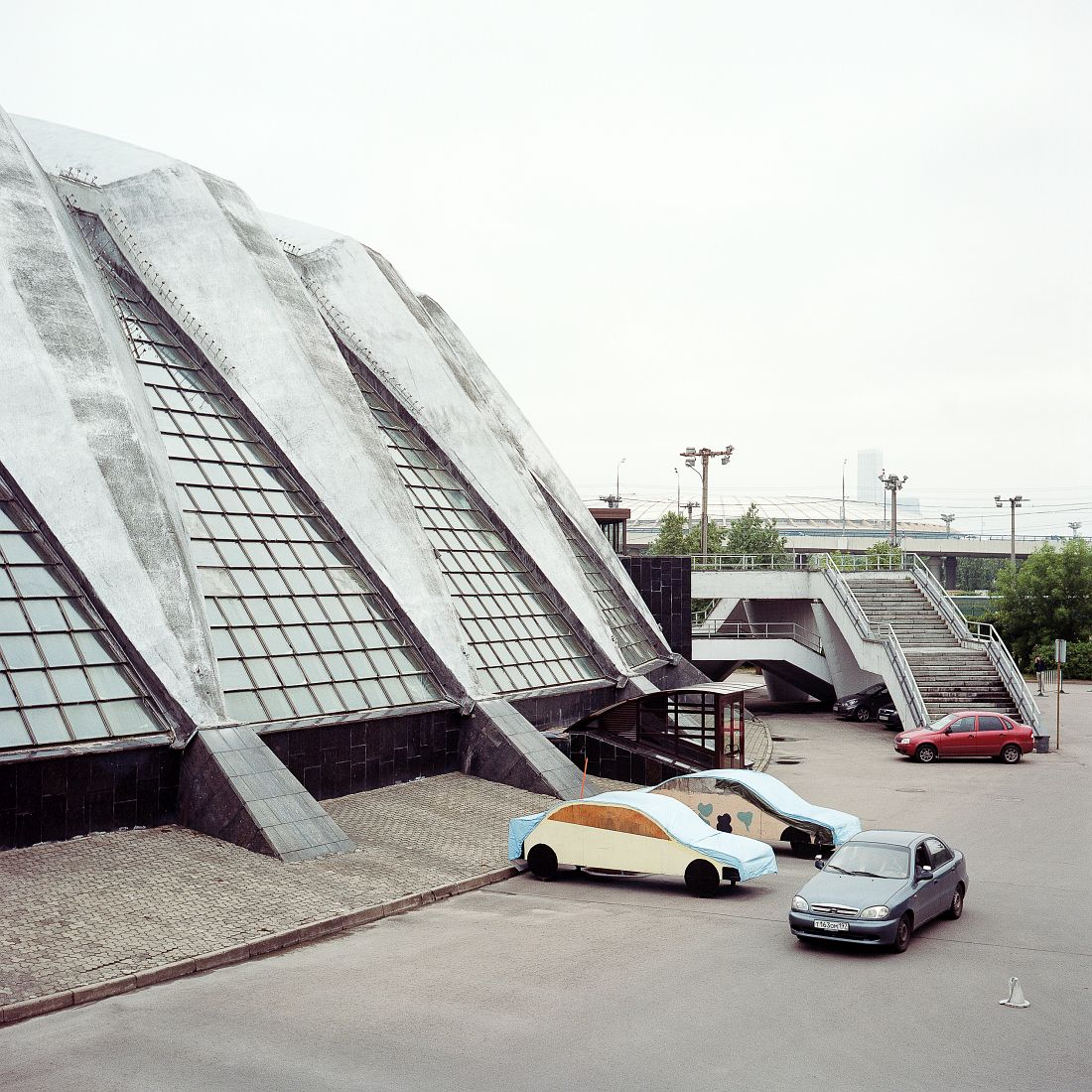 Exterior view of Druzhba Sports Complex. Druzhba Sports Complex, also completed in 1980, hosted volleyball tournaments. Currently it hosts tennis championships and music venues.