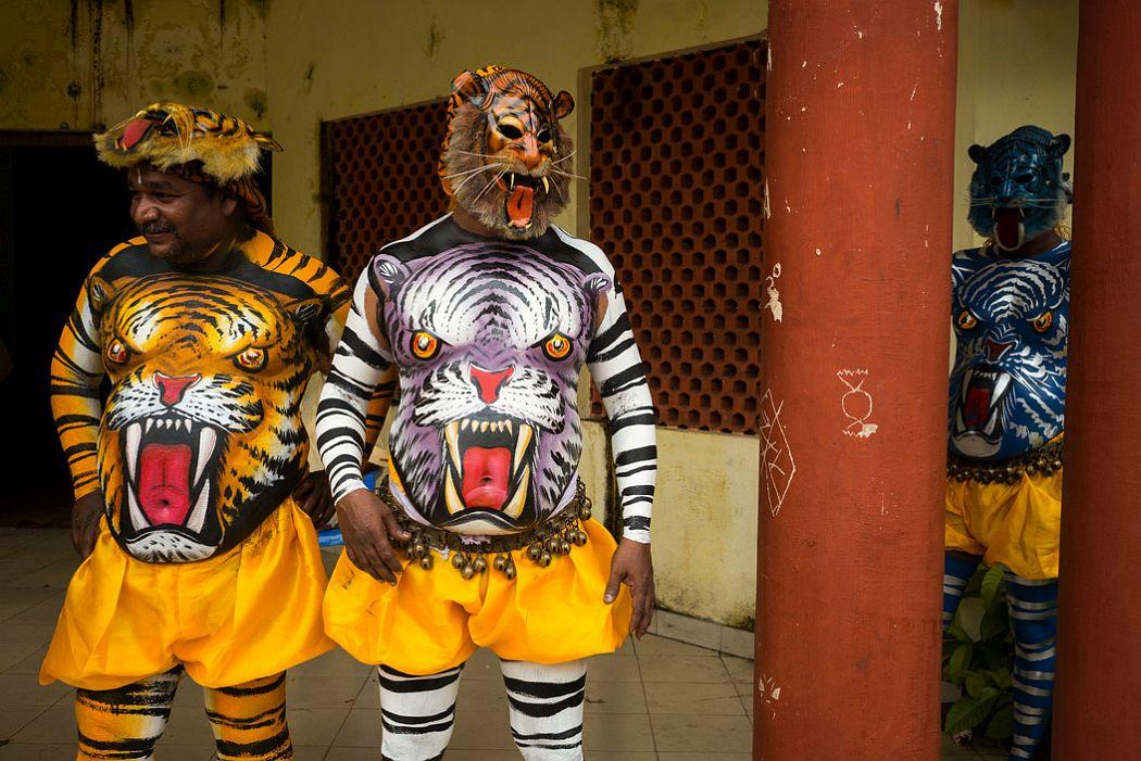 INDIA. Fort Kochi. 2014. Preparations for Onatsavam Festival and procession.