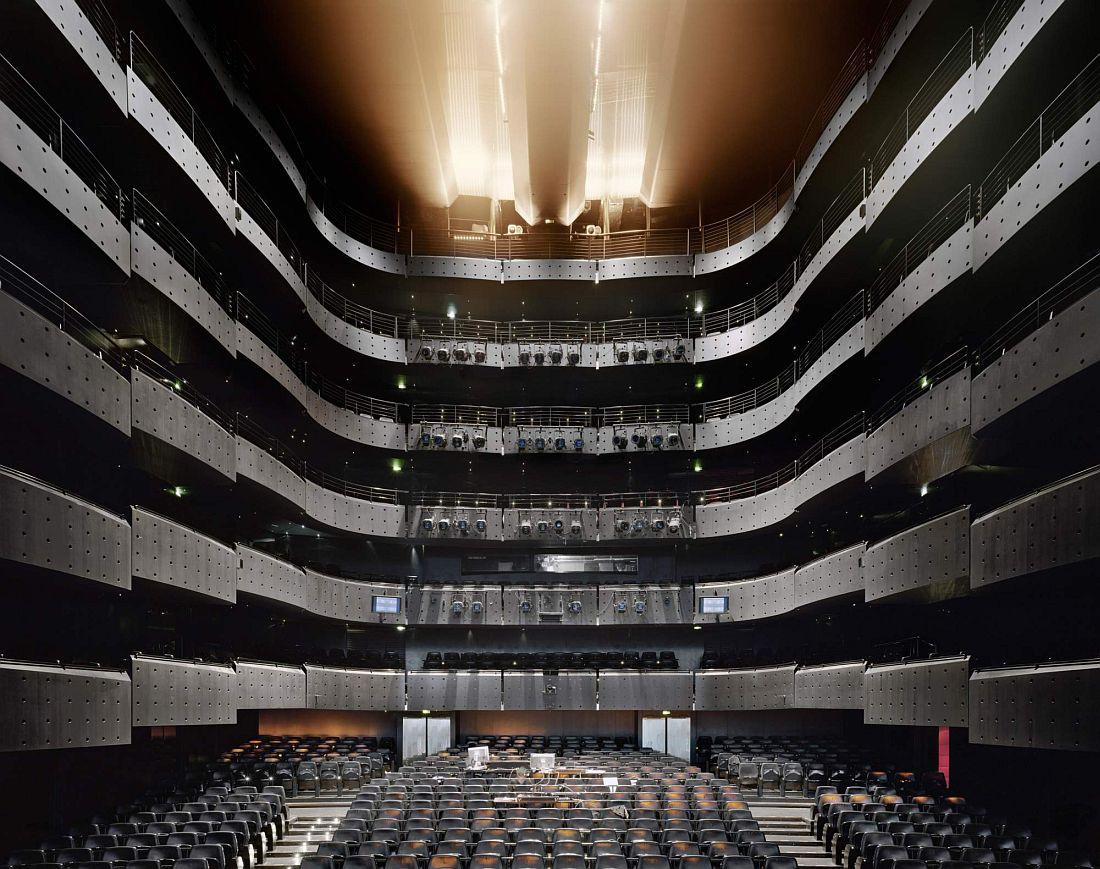 david-leventi-opera-houses-08