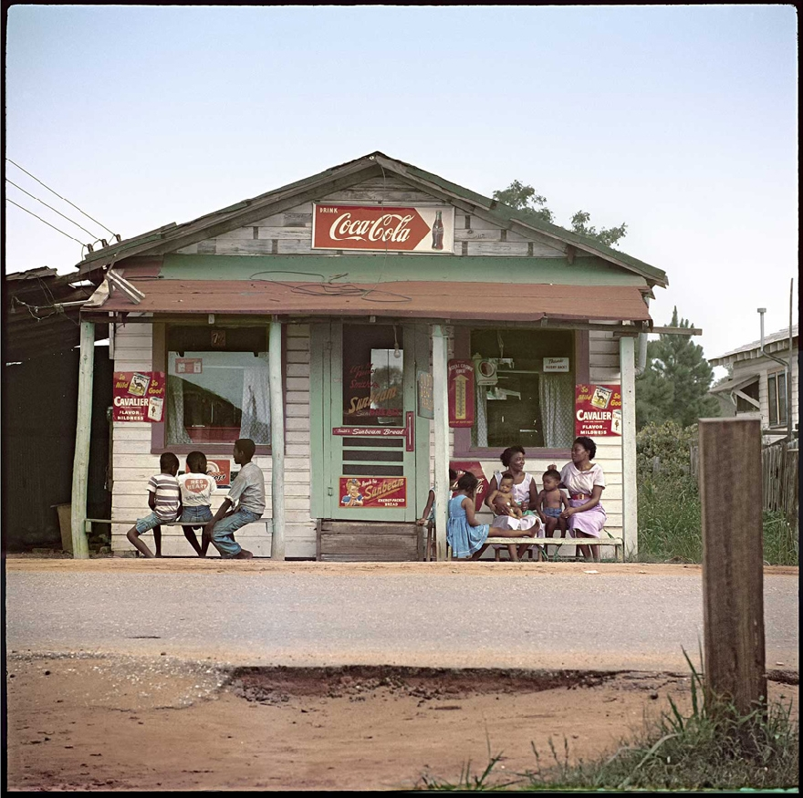gordon-parks-segregation-story-03