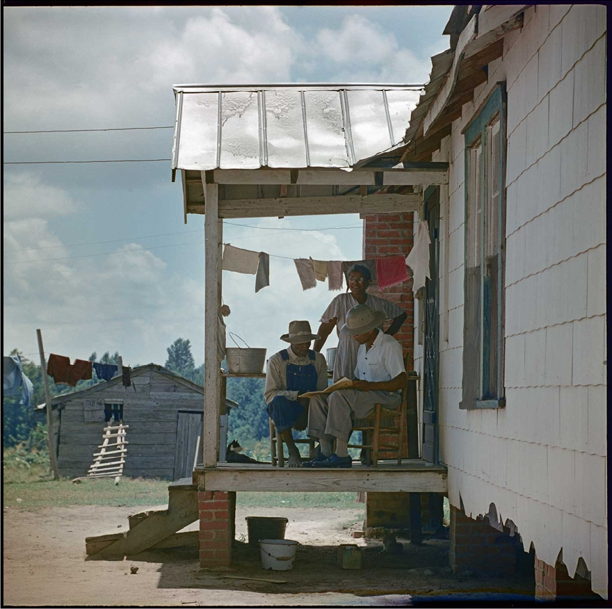 gordon-parks-segregation-story-07
