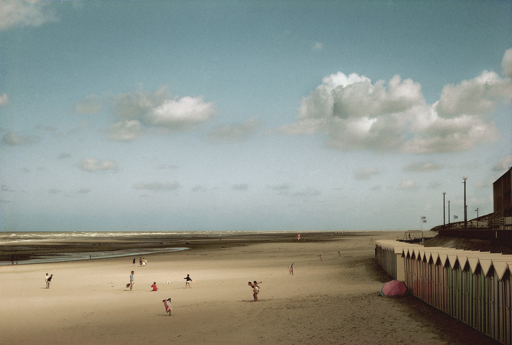 FRANCE. Picardie region. Bay of the Somme river. Beach of the town of Fort Mahon. 1991.