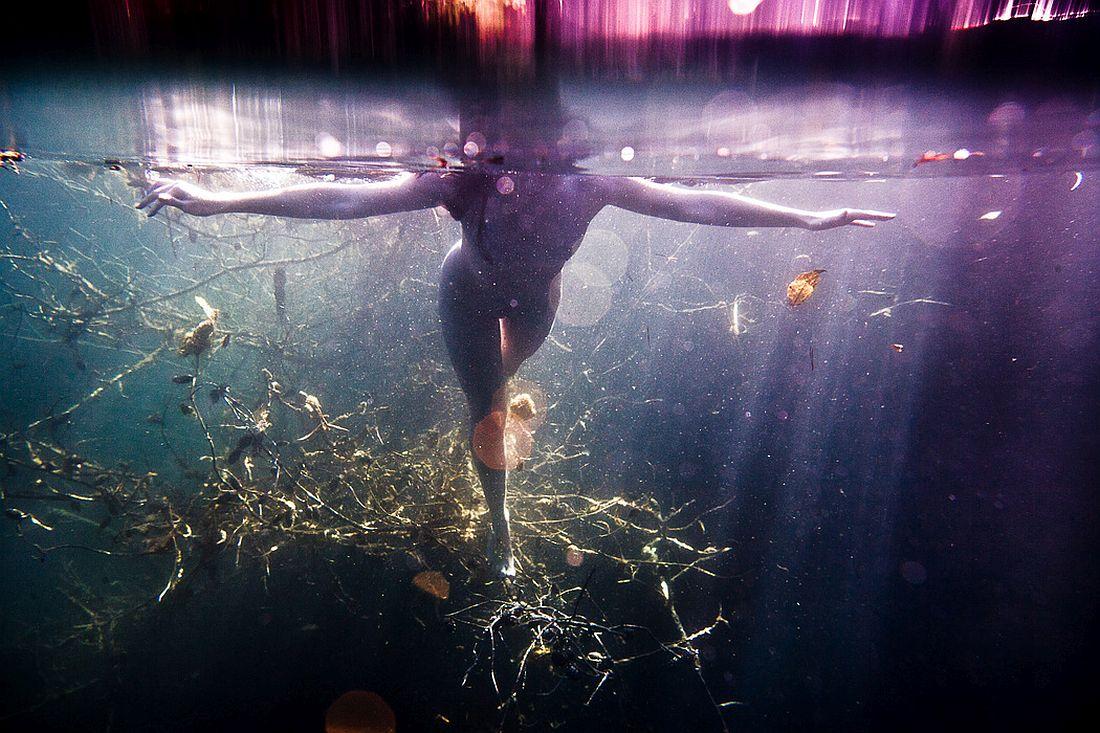 neil-craver-underwater-nude-rock-quarry-20