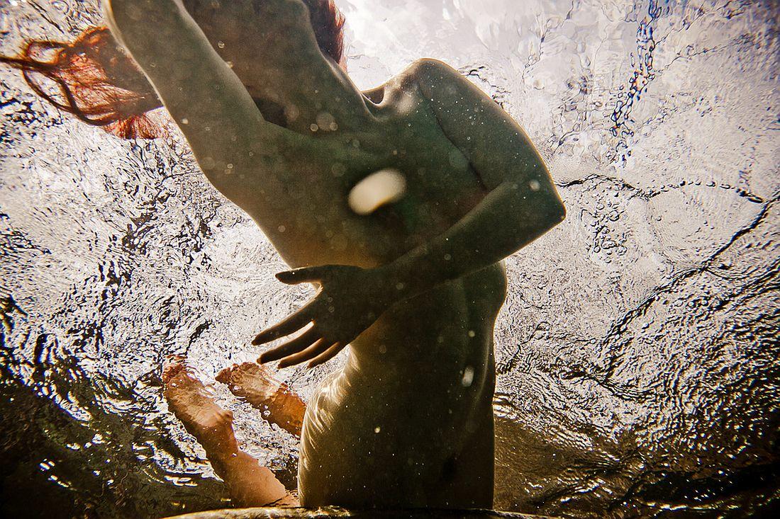 neil-craver-underwater-nude-rock-quarry-22