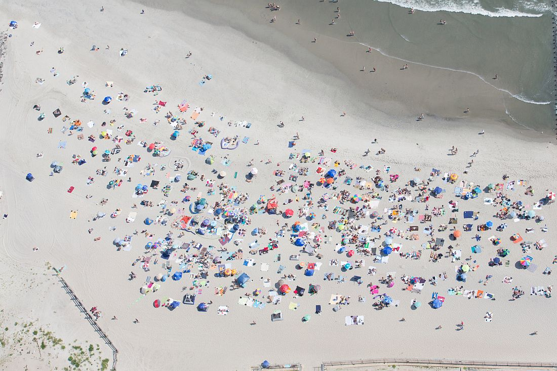 Tobias Hutzler -The People's Beach at Jacob Riis Park, Queens