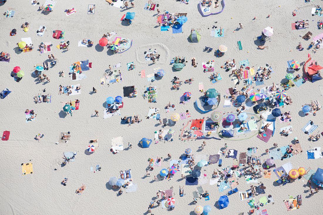 Tobias Hutzler - Rockaway Beach, Queens