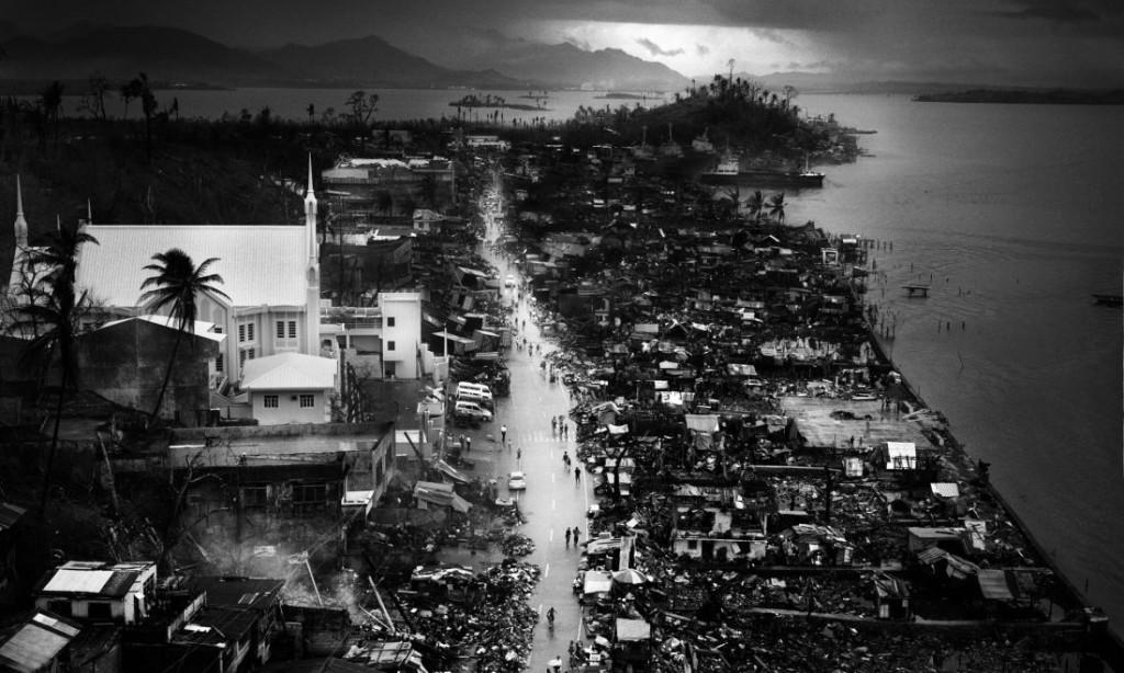 Tomasz Gudzowaty: Typhoon Haiyan