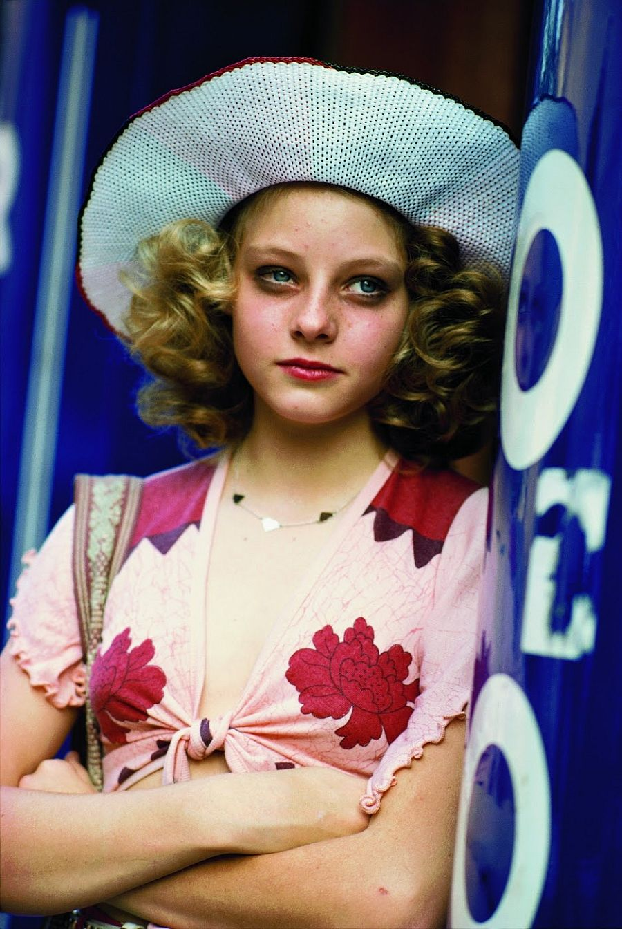 behind-the-scenes-jodie-foster-on-the-set-of-taxi-driver-1976-10