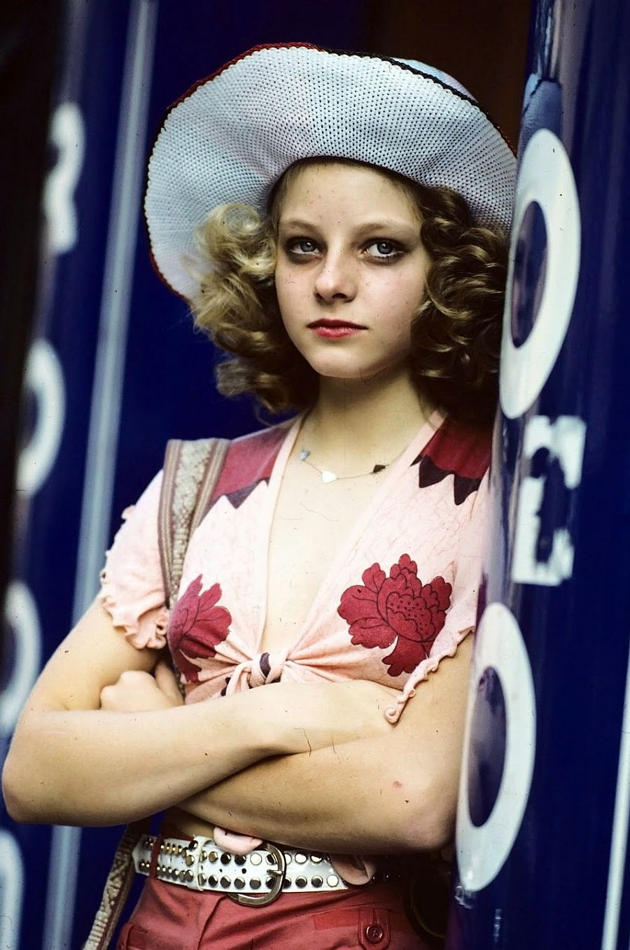 behind-the-scenes-jodie-foster-on-the-set-of-taxi-driver-1976-11