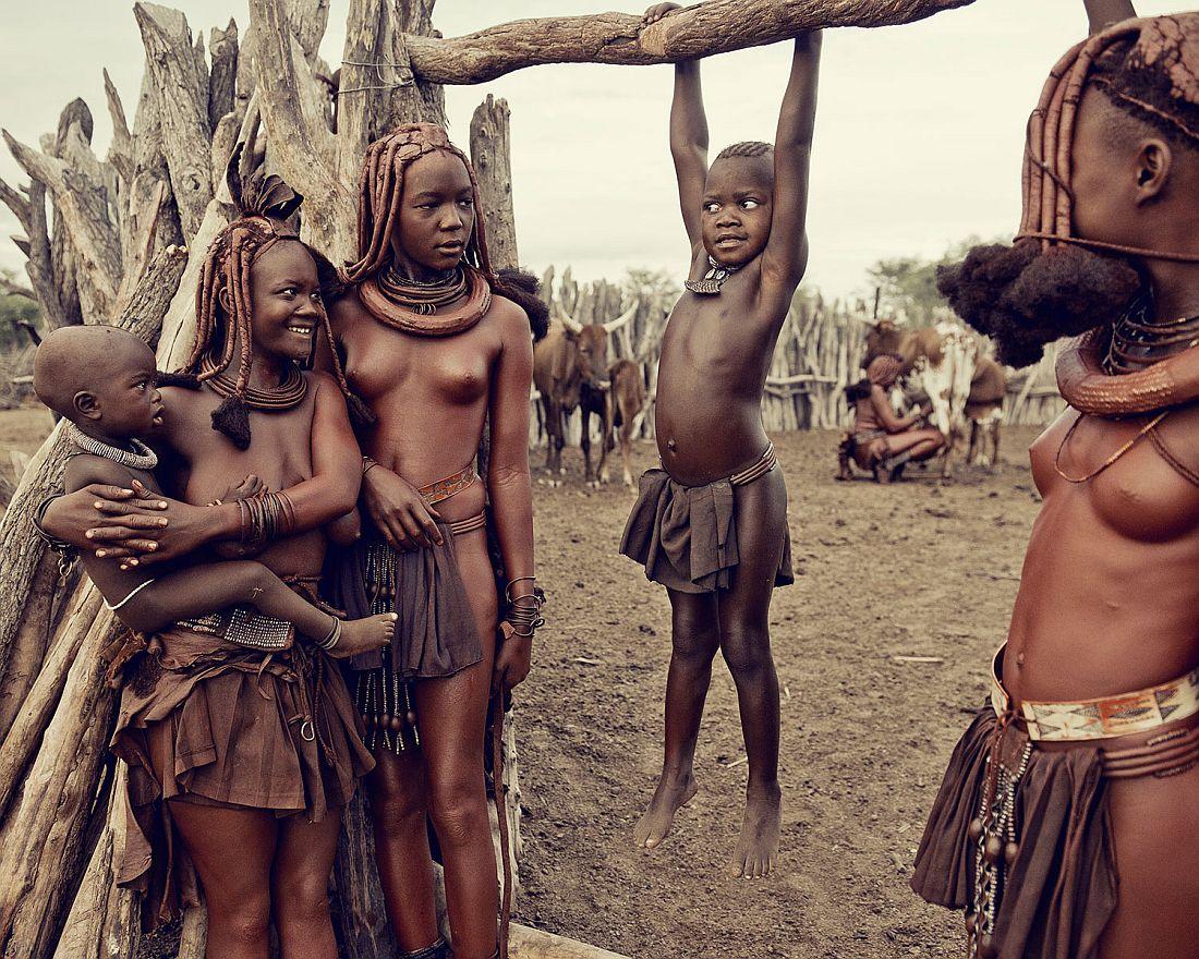 jimmy-nelson-tribes-portrait-015