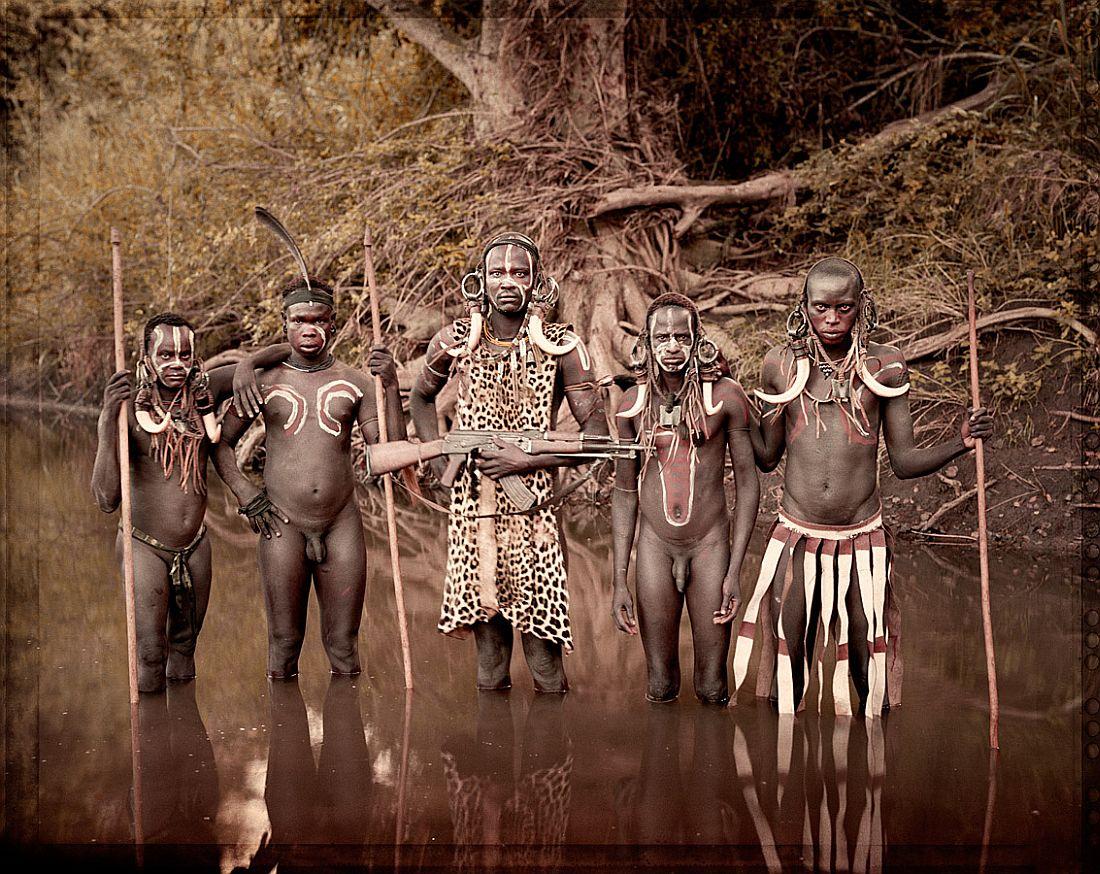 jimmy-nelson-tribes-portrait-18