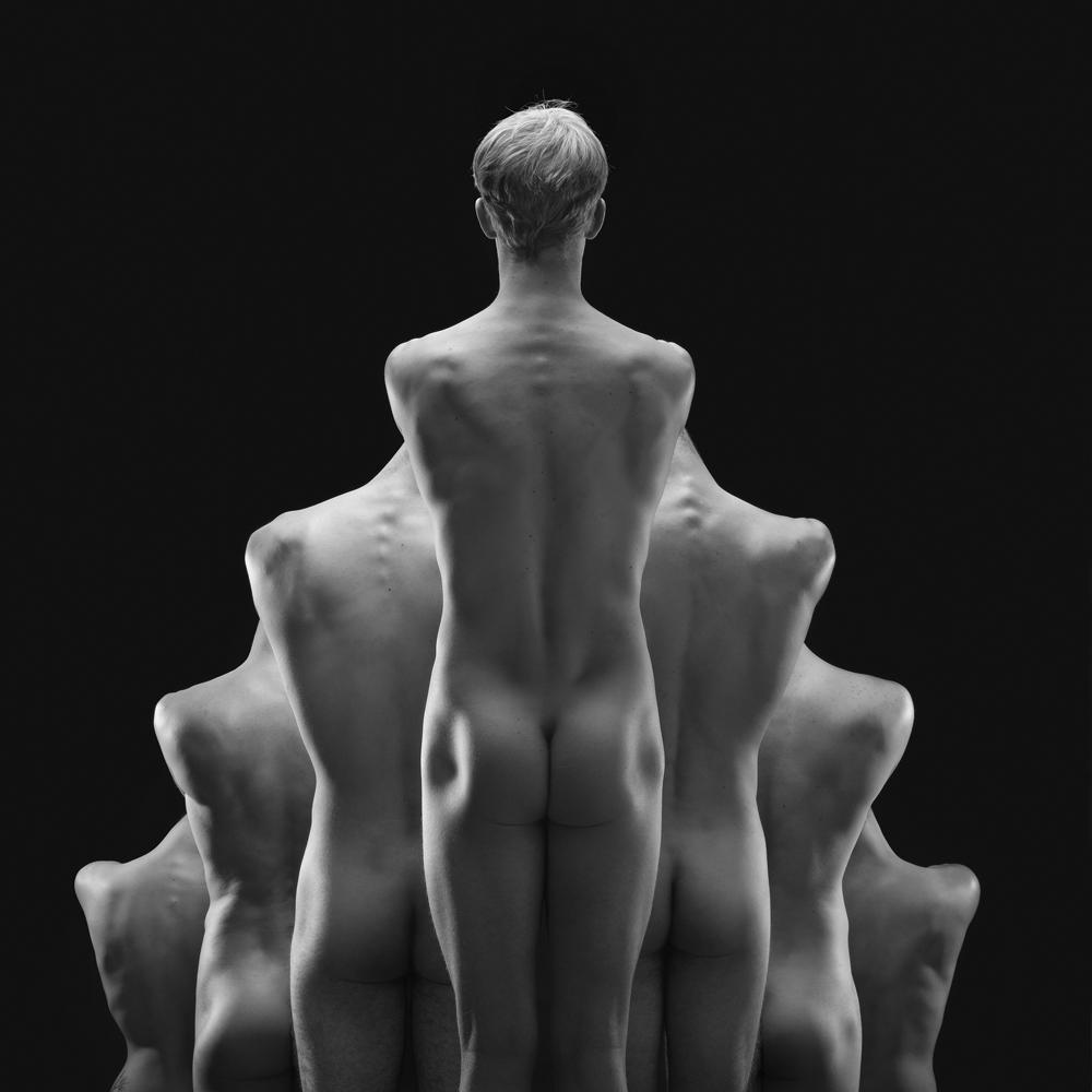 nude-photographer-olivier-valsecchi-01