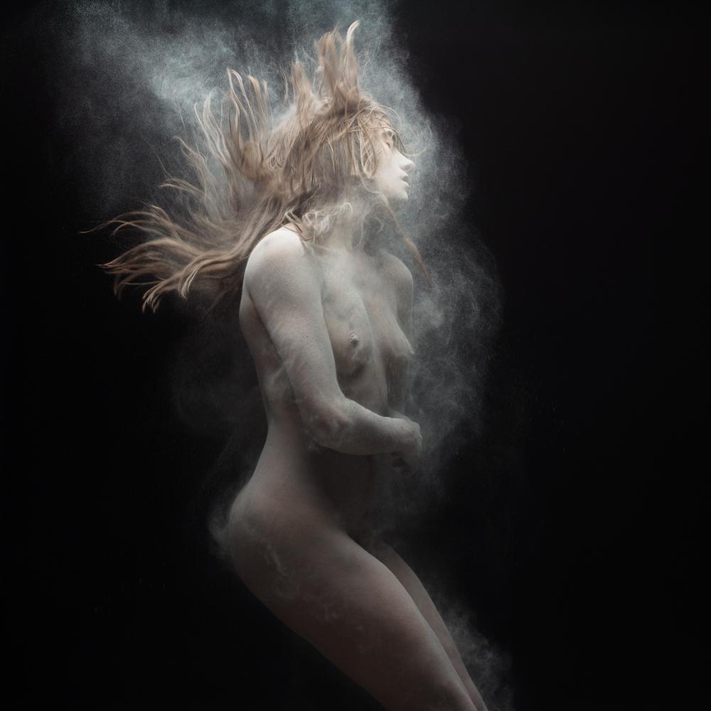 nude-photographer-olivier-valsecchi-31