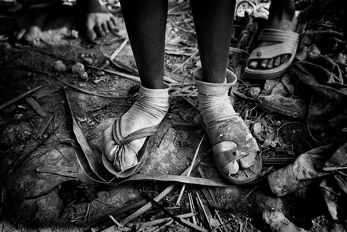 photojournalist-erik-mesori-05