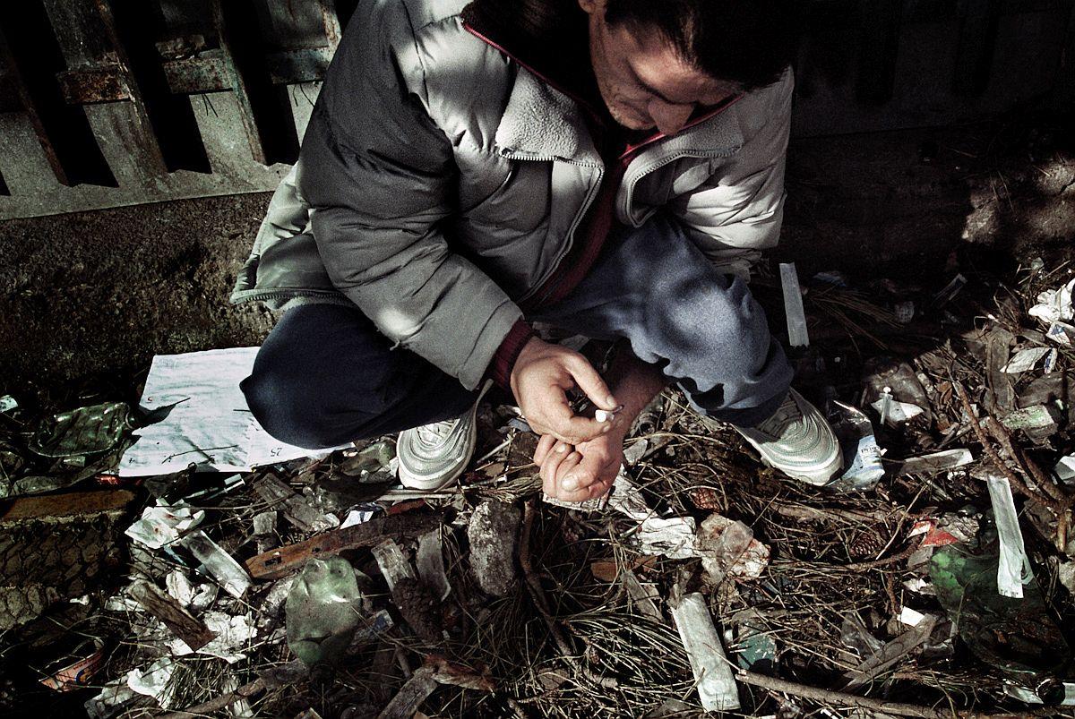 photojournalist-erik-mesori-20