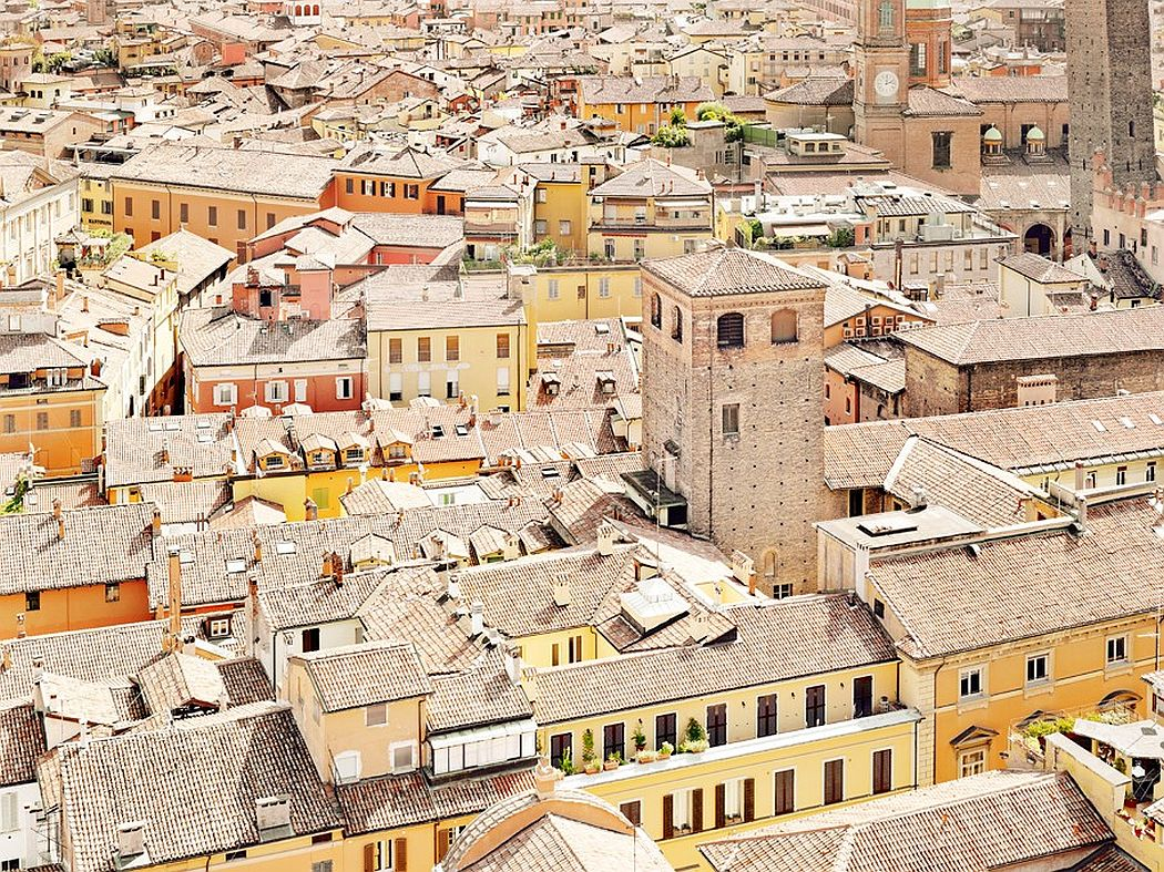 Bologna, settembre 2011 >< Bologna, September 2011