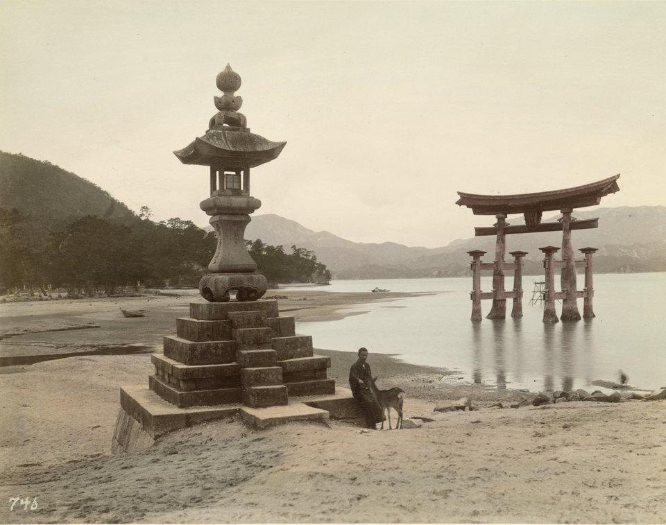 19th-century-color-photos-from-japan-06