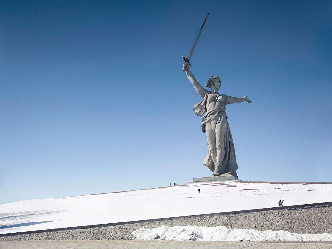 fabrice-fouillet-worlds-tallest-statues-10