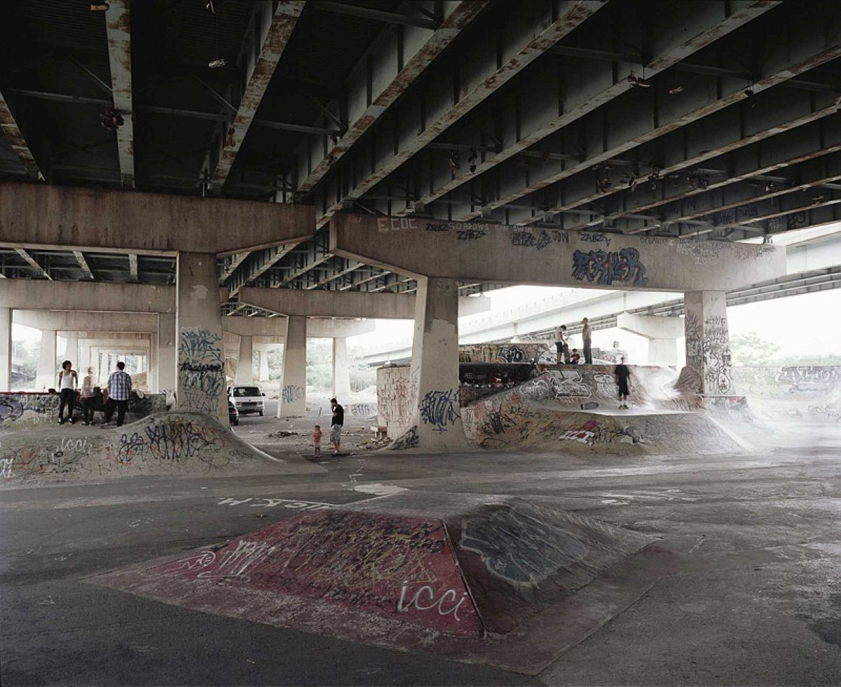 richard-gilligan-diy-underground-skateparks-10