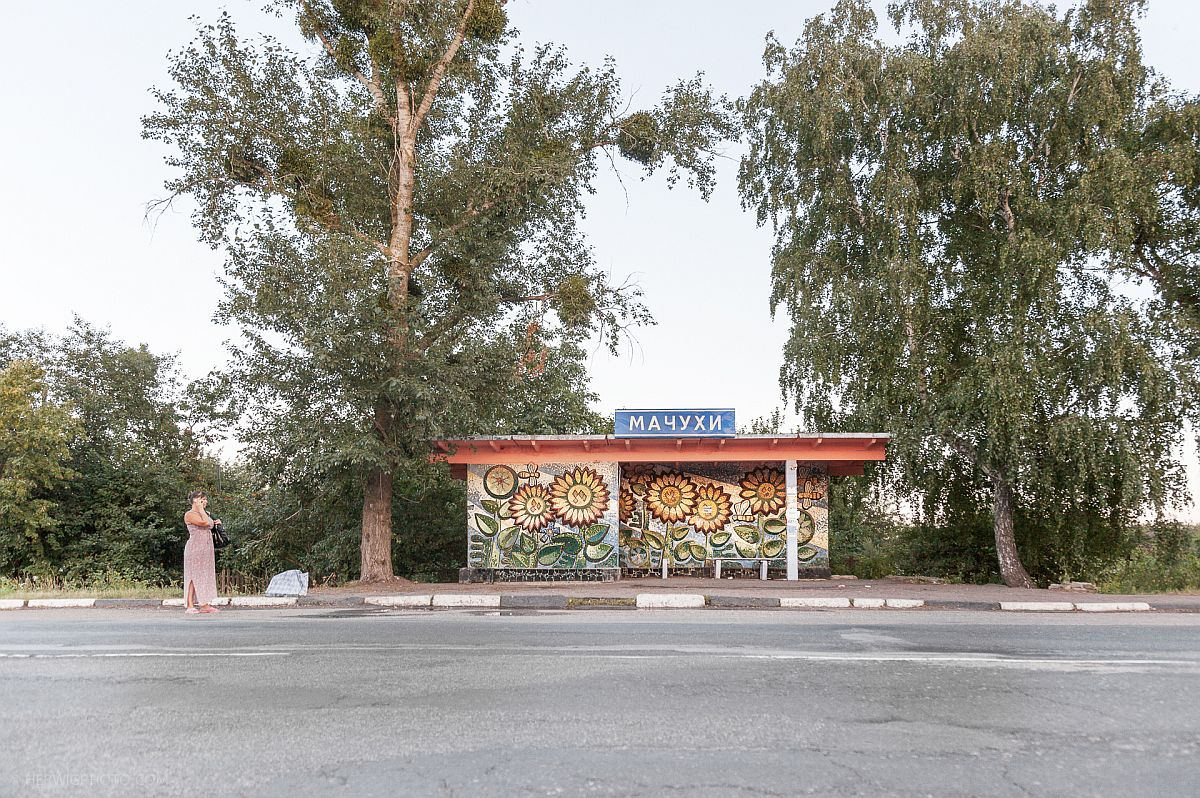 christopher-herwig-soviet-bus-stops-10