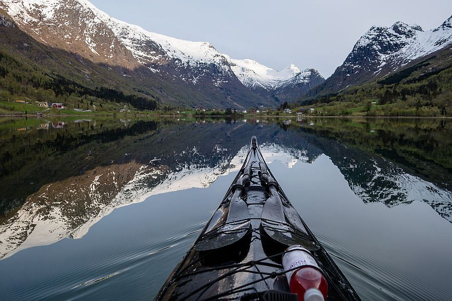 tomasz-furmanek-the-fjords-of-norway-from-the-kayak-seat-19