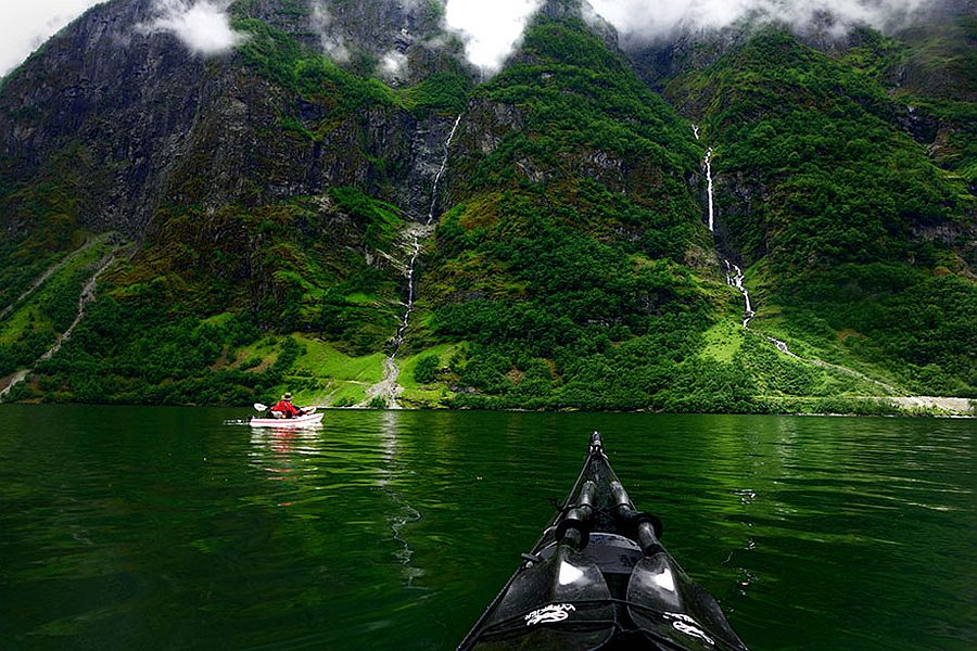 tomasz-furmanek-the-fjords-of-norway-from-the-kayak-seat-21