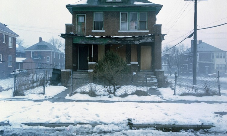 Kevin Bauman: 100 Detroit Abandoned Houses