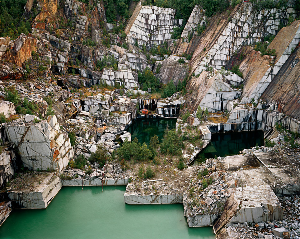 Quarries © Edward Burtynsky