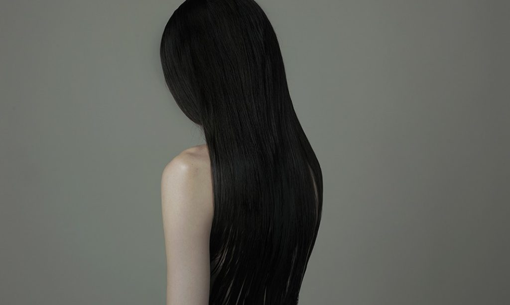 Evelyn Bencicova: Faceless