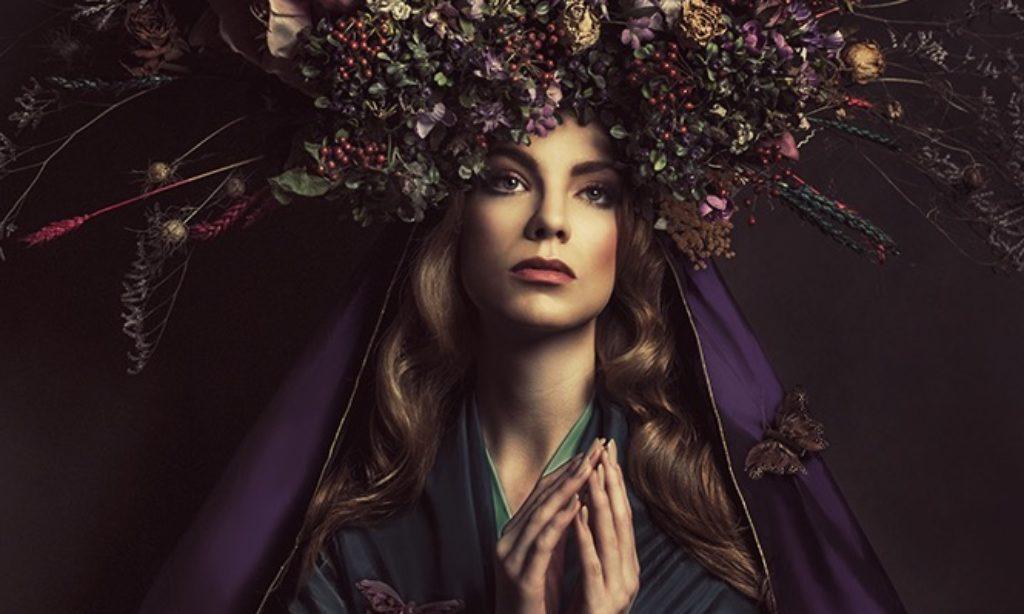 Kasia Widmanska: The Icon