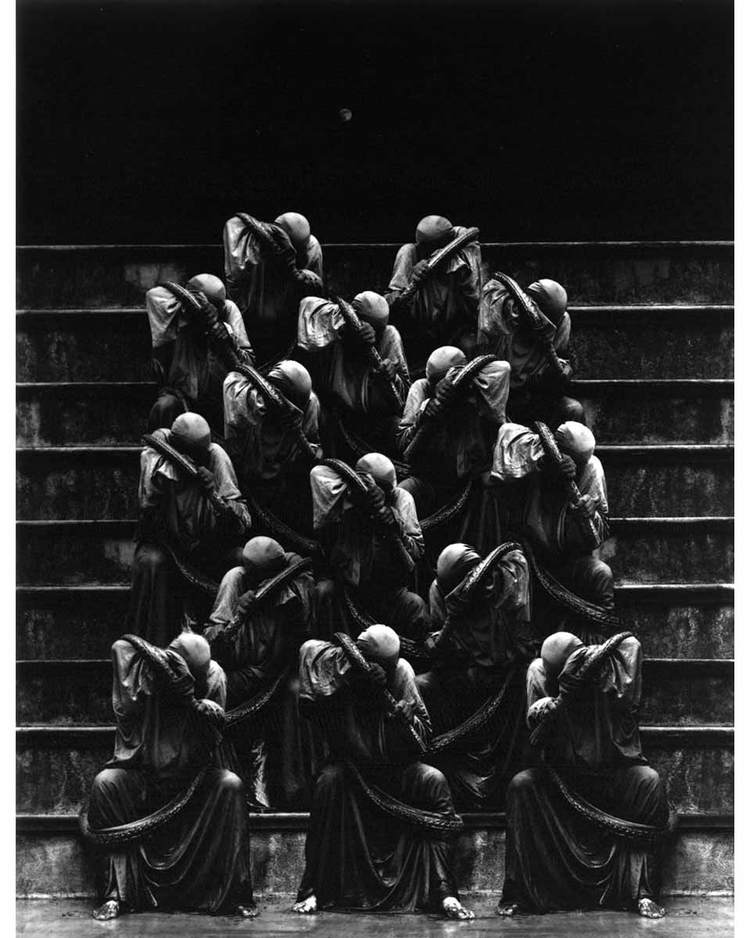 © Misha Gordin: Crowd and Shadows of the Dream
