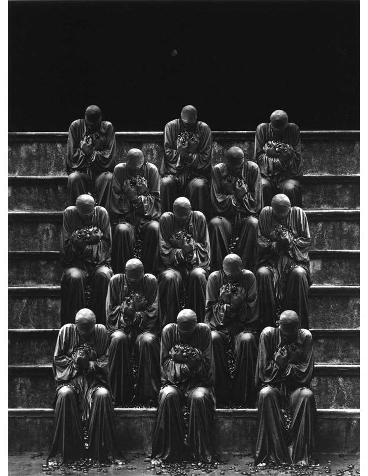 misha-gordin-crowd-and-shadows-of-the-dream-05