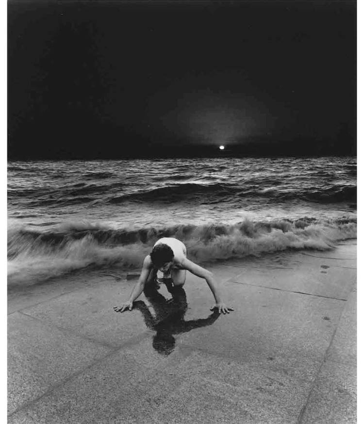 © Misha Gordin: Crowd and Shadows of the Dream