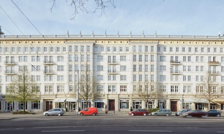 Mikula Platz: Socialist Classicism – Dictatorial Architecture Behind the Iron Curtain