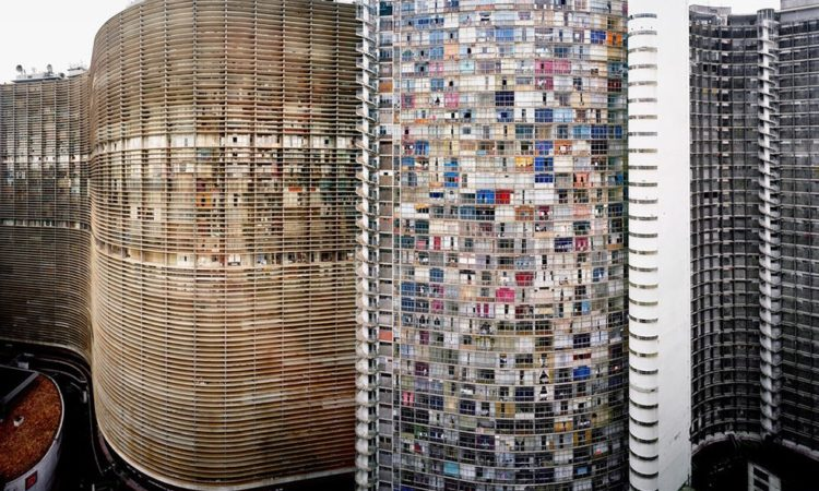 PhotoBiography: Andreas Gursky