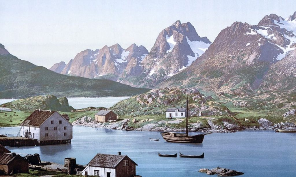 Photochroms of Norway from 1890s