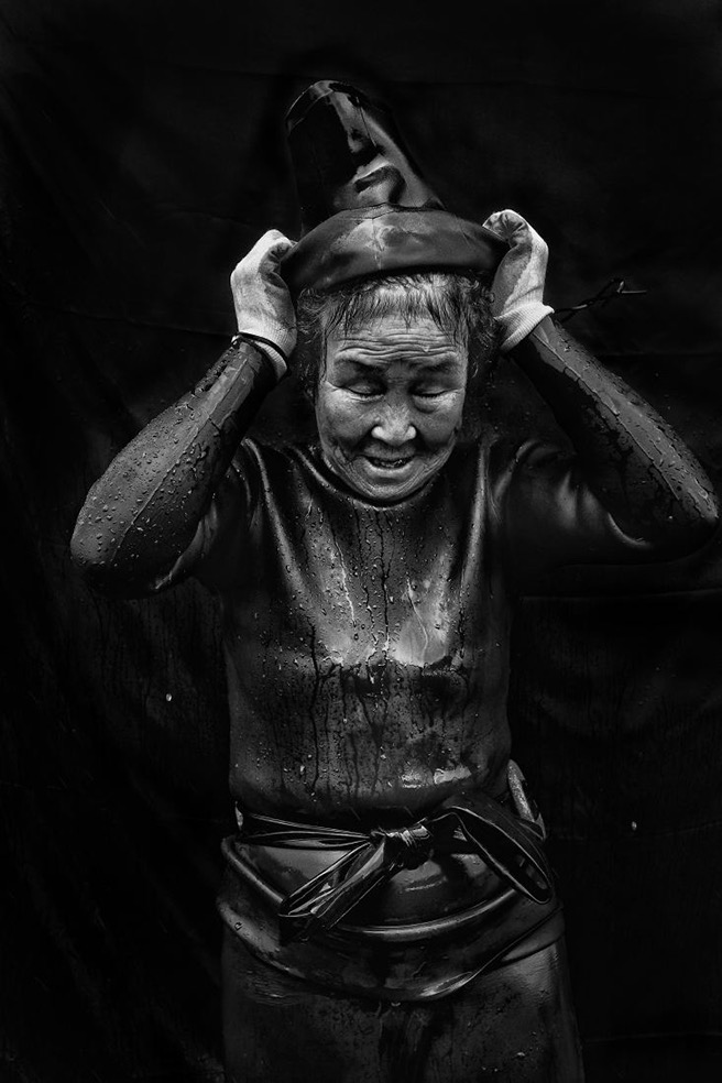 Grandma Divers © Alain Schroeder