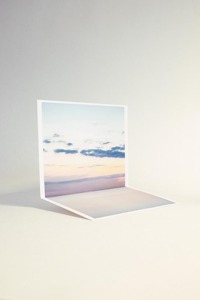 Curving the Horizon © Nikita Svertilov