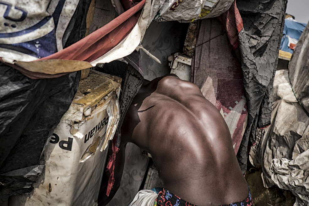 The Victims Of Our Wealth © Stefano Stranges